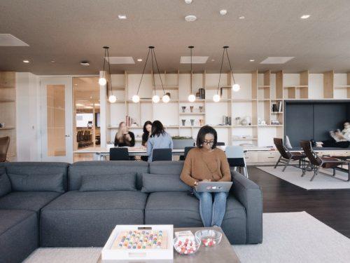 office-furniture-dubai-siliconv